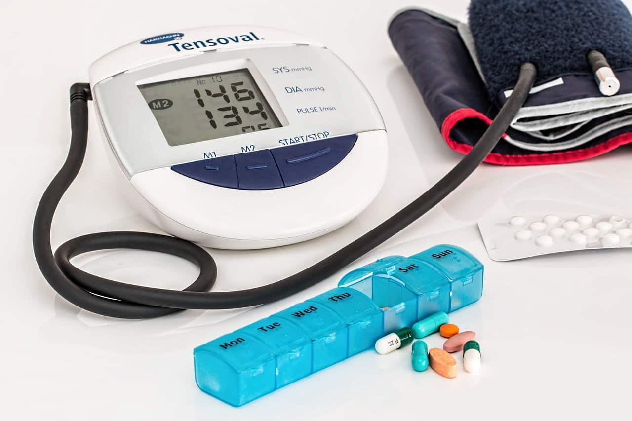 איך להשוות ביטוח בריאות לרילוקיישן